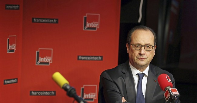 France says ready to strike extremists on Libya border