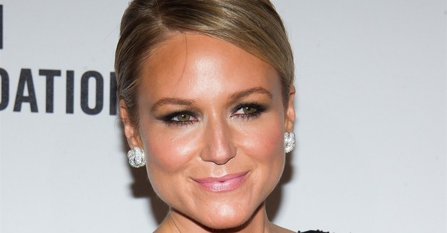 Jewel working on revealing memoir, to be published this fall