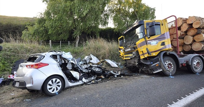 US couple and daughter killed in New Zealand car crash