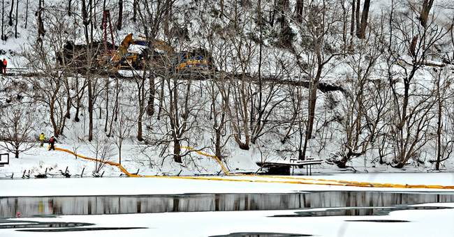 Feds: Speed doesn't appear to be factor in oil train crash