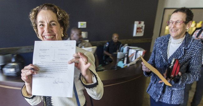 Same-sex couple marries in Texas under one-time order