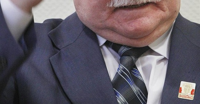 Walesa: Solidarity in sanctions would change Putin's policy