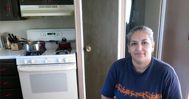 Immigrants feel stuck after judge blocks Obama orders