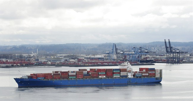 2 sides in West Coast ports dispute reach tentative contract