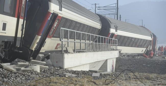 2 trains collide in northern Switzerland, 5 injured