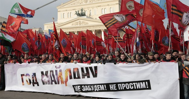 Moscow protesters strike out against Ukraine and the West