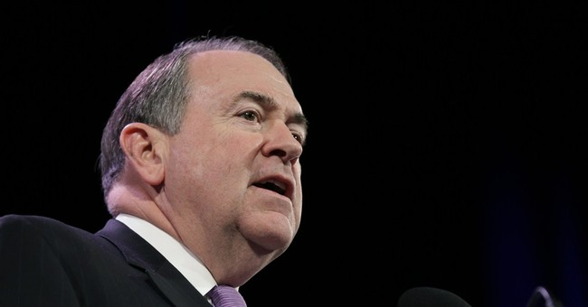 Huckabee's challenge: Reaching beyond cultural conservatives