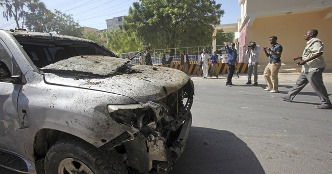 25 people dead in Friday's al-Shabab attack on Somali hotel