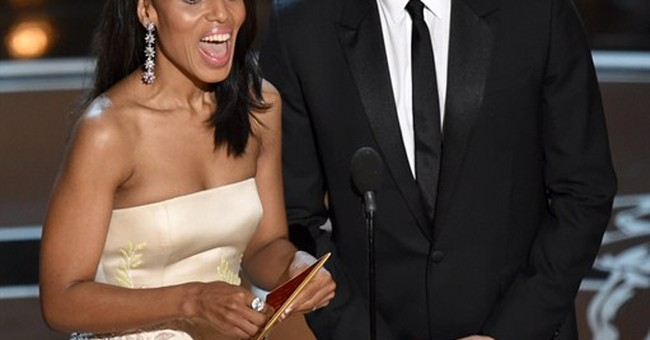 SHOW BITS: Kerry Washington shares the love