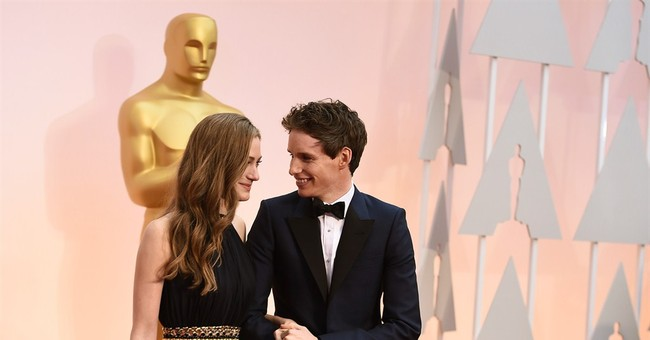 SHOW BITS: Stars linger with Lego replica Oscars