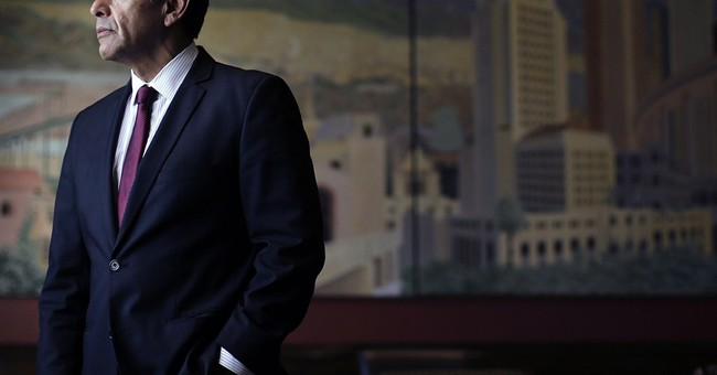 Villaraigosa's decision gives Harris edge in US Senate race