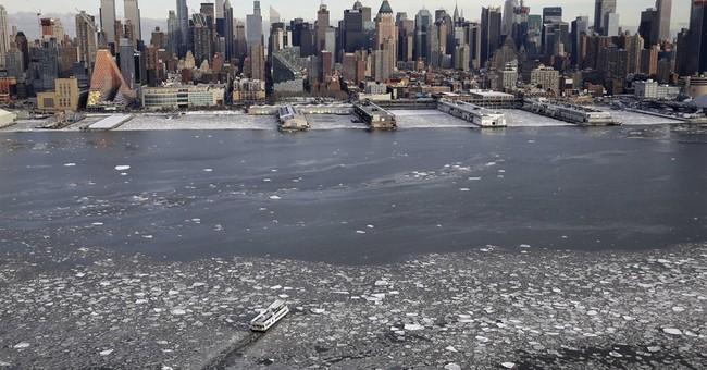 AP PHOTOS: Manhattan ringed by ice
