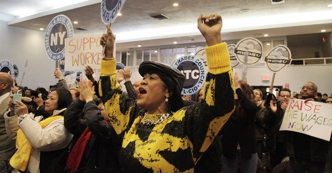 NY governor's administration to raise tipped wage to $7.50