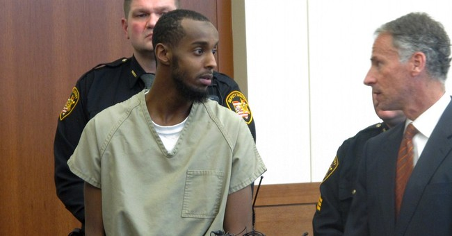 Ohio man accused of giving terrorists tablet denies charges
