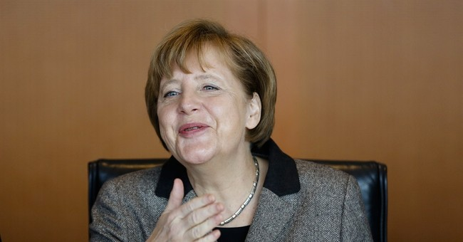 Germany's Merkel welcomes Greek bailout agreement