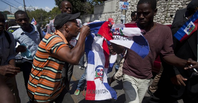 Haitian protesters decry Dominican treatment of countrymen