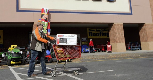 Lowe's has strong 4Q as consumers tackle home projects