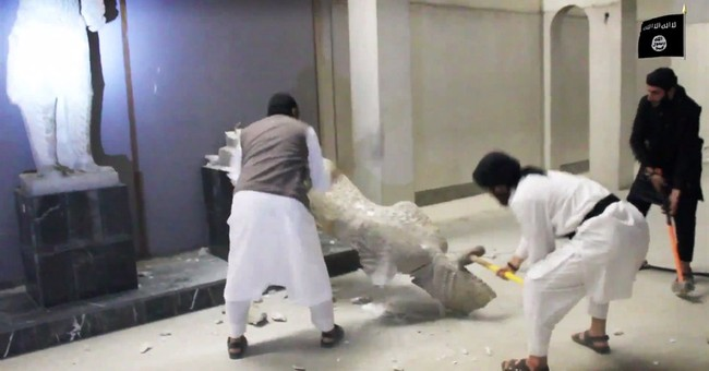 UNESCO chief decries 'cultural cleansing' in IS video