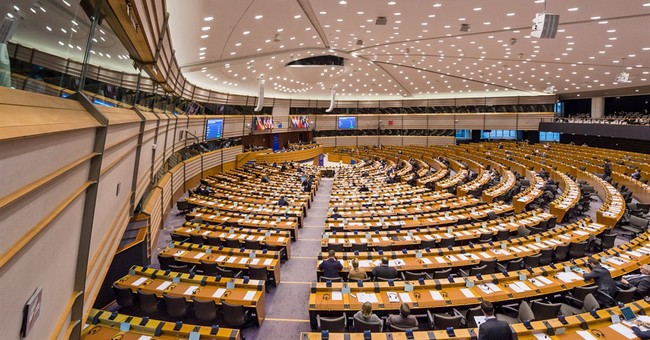 EU deal on passenger data stalls in threat to terror fight