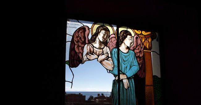 New Yorkers return stolen church paintings to Bolivia
