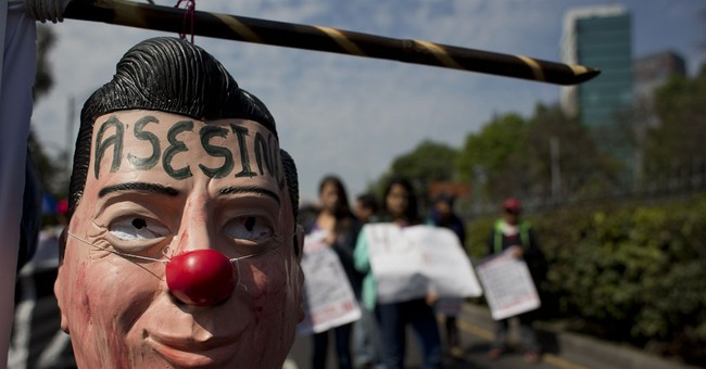 Mexico president in crisis is losing support of big business