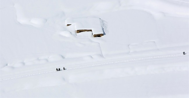 Afghan avalanche death toll rises amid rescue effort