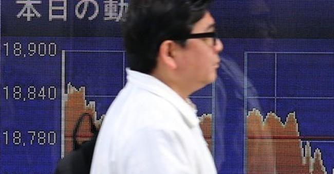 Global stocks lackluster ahead of revised US growth figures