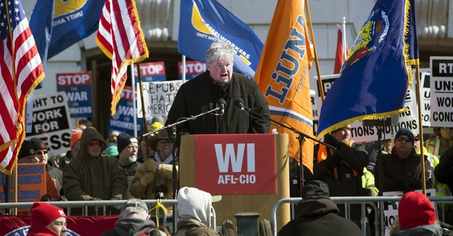 Rally against Wisconsin anti-union measure smaller than 2011