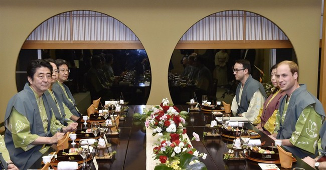 Prince William evokes Diana memories on Japan tsunami trip