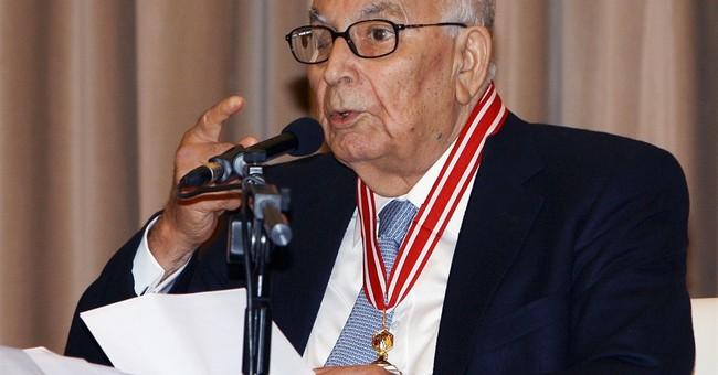 One of Turkey's best-known novelists, Yasar Kemal, dies