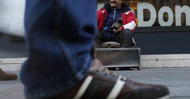 Son of Sarajevo's shoe shine legend replaces dad