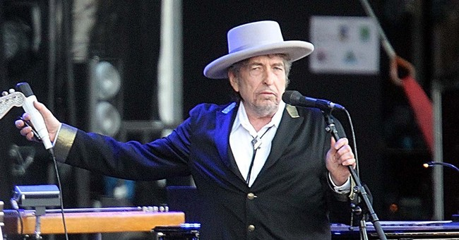 Jimmy Carter to present Dylan with person of the year honor