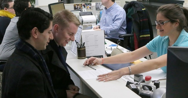 Gay marriage ban ends as couples wed throughout Florida
