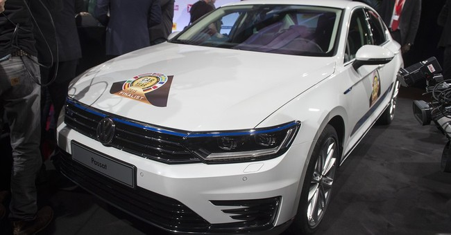 Volkswagen CEO stands by cautious outlook