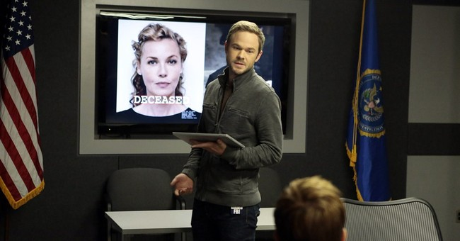 Shawn Ashmore on job security uncertainty on 'The Following'