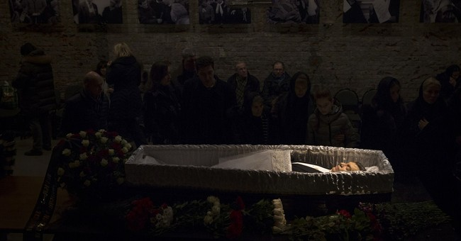 EU condemns Russia over Nemtsov funeral bans