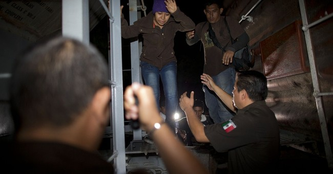 Mexico raided migrant train 153 times in last year