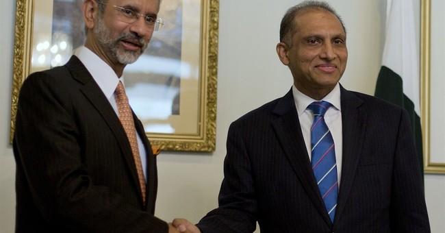 India, Pakistan envoys praise meetings held to repair ties