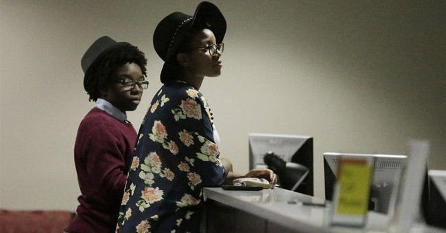 Alabama Supreme Court halts gay-marriage licenses