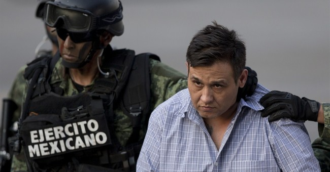 Mexican police grab latest Zetas leader in wealthy suburb