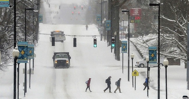 Late winter snowstorm blankets South, Northeast