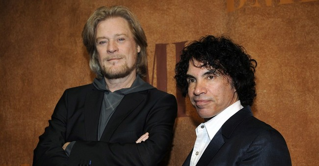 Hall and Oates sue over granola-maker's Haulin' Oats cereal