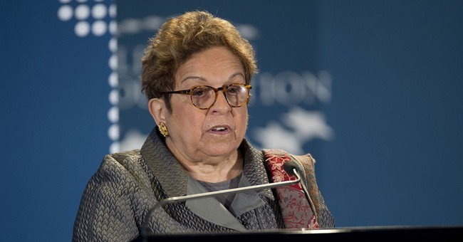 Ex-Cabinet official Donna Shalala to lead Clinton Foundation