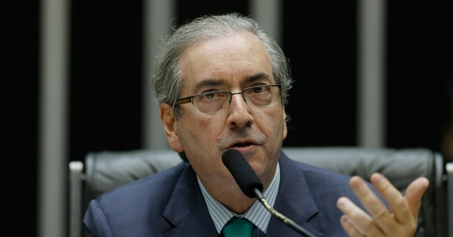 Brazil top court approves graft investigation of politicians