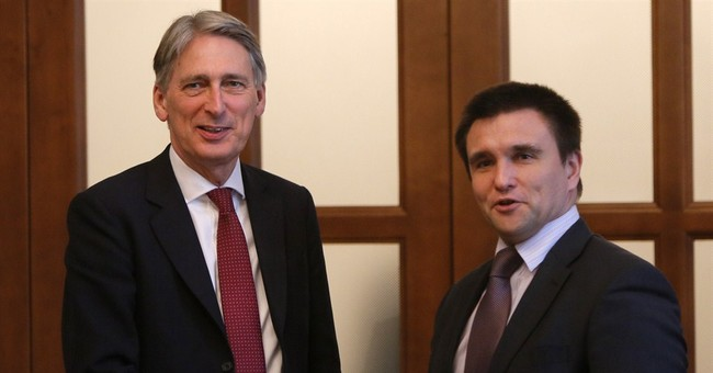 EU chief speaks out against arms supplies for Kiev