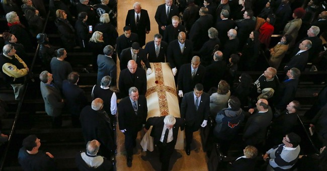 Hundreds pack funeral for White Sox great Minnie Minoso