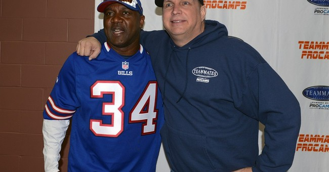 Brooks and Hall of Fame pals hold football camp in Buffalo