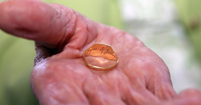 Found ring gives closure to family of lost UK WWII soldier