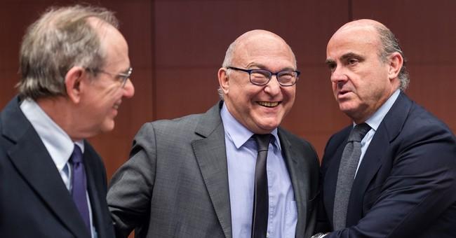 EU denies favoring France with budget target extension