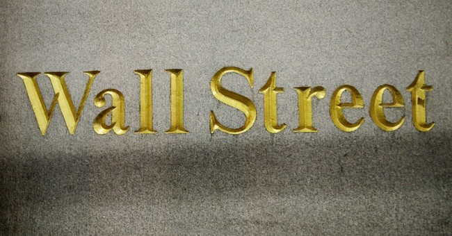 US stocks sink as investors worry about higher rates